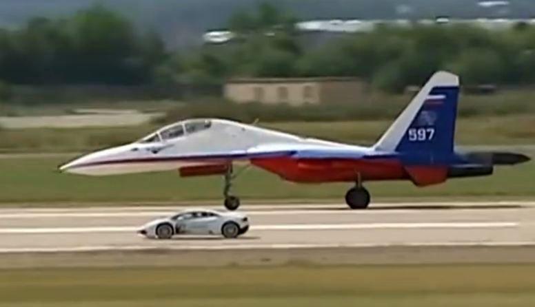 Huracan vs Russian fighter jet