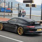 Porsche 911 GT3 Black-Gold