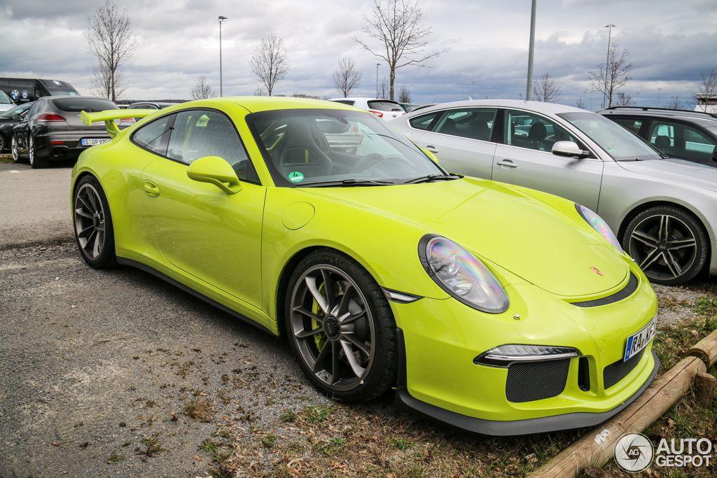 Porsche 911 GT3 Lime