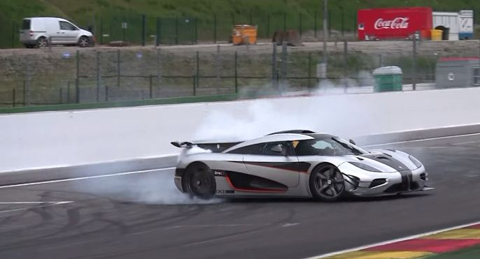 Koenigsegg One:1 crash at Spa