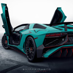 Lamborghini Aventador SV Roadster rear angle