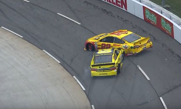 Kenseth wrecks Logano during Nascar race at Martinsville Speedway