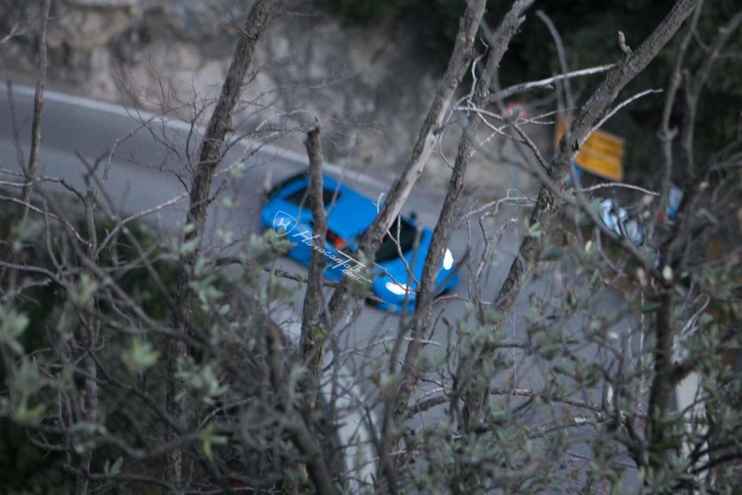 2017 Lamborghini Huracan Superleggera spy shots