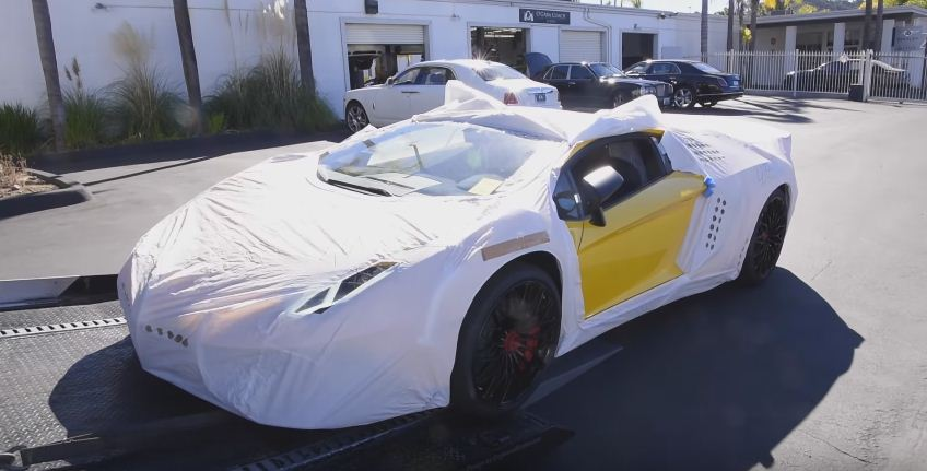 Lamborghini Aventador SV delivered in a gift wrap