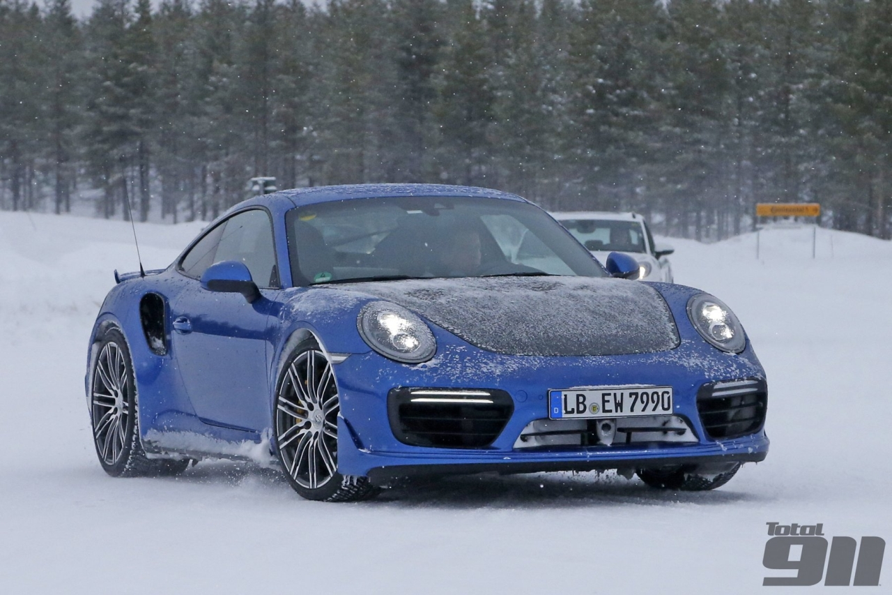 Porsche 911 GT2 RS Prototype spotted in Sweden-1