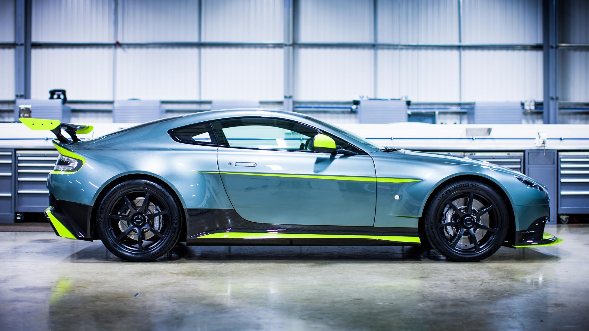 2017 Aston Martin Vantage Gt8 Revealed The Supercar Blog