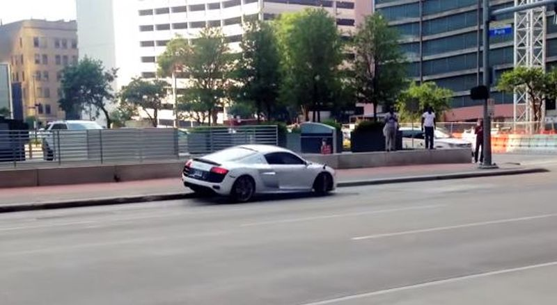 Half wit crashes Audi R8 in Houston