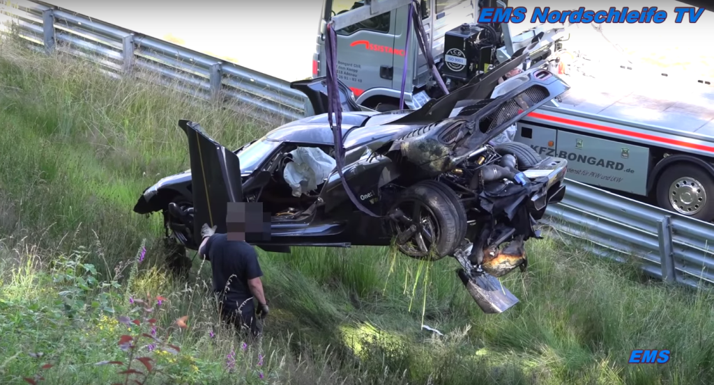 Koenigsegg One-1 crashes at Nurburgring