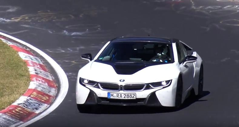 BMW i8 Convertible- Roadster Prototype spotted