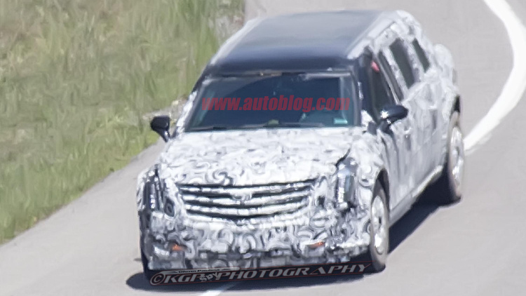 american-presidential-limousine-beast-2-0-spy-shots-2