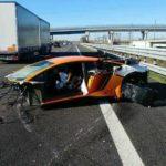 lamborghini-aventador-sv-crashed-in-italy-2