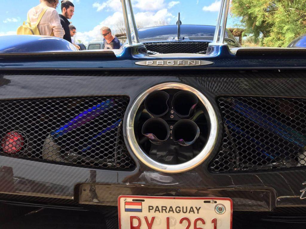 Van driver crashes Pagani Zonda F in Uruguay-2