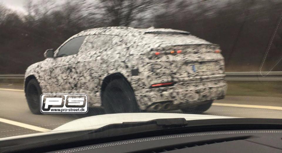 Lamborghini Urus spy shots-1