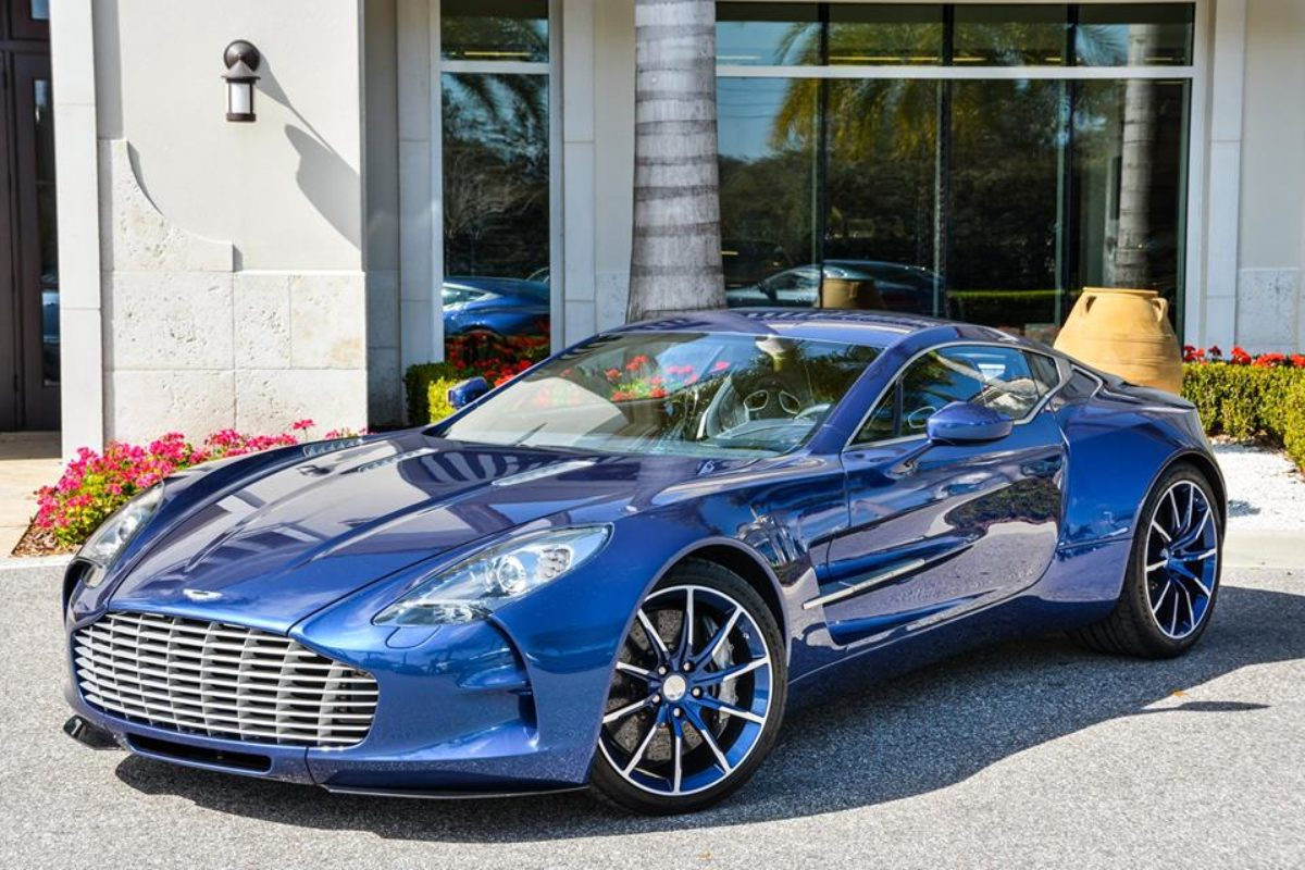 Striking Blue Aston Martin One 77 For Sale In The Us The Supercar Blog