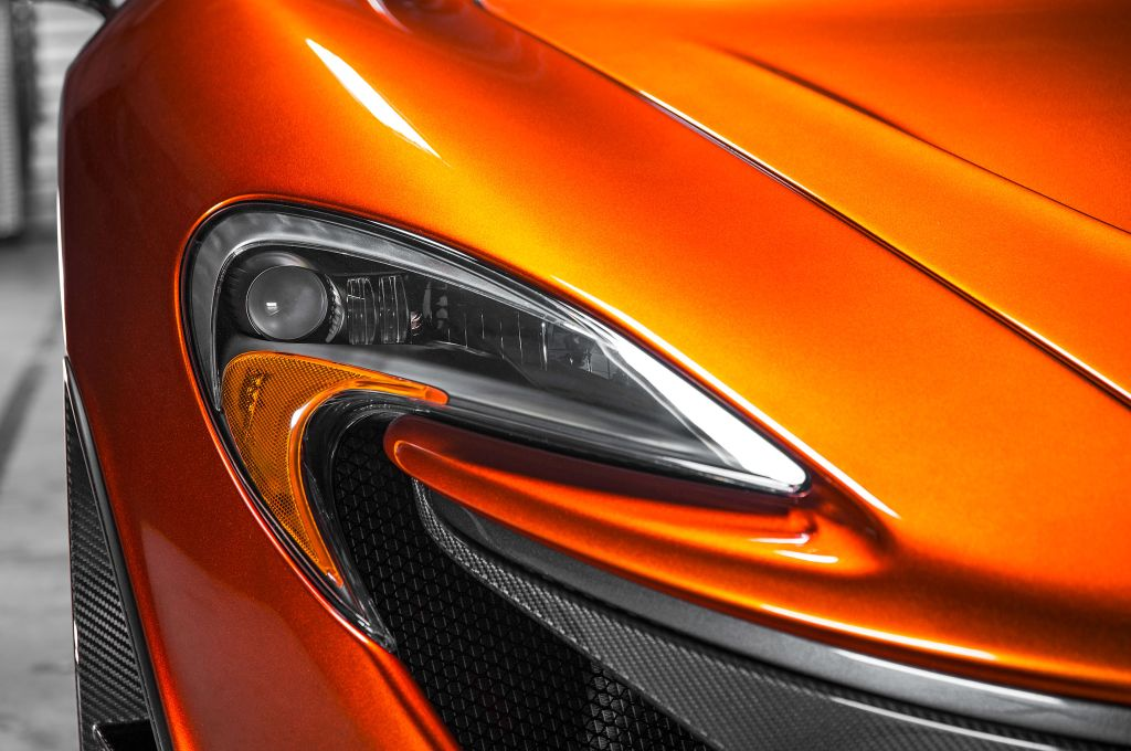 McLaren P1 headlights-1