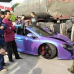 Purple McLaren 650S Spider Crash-China-2