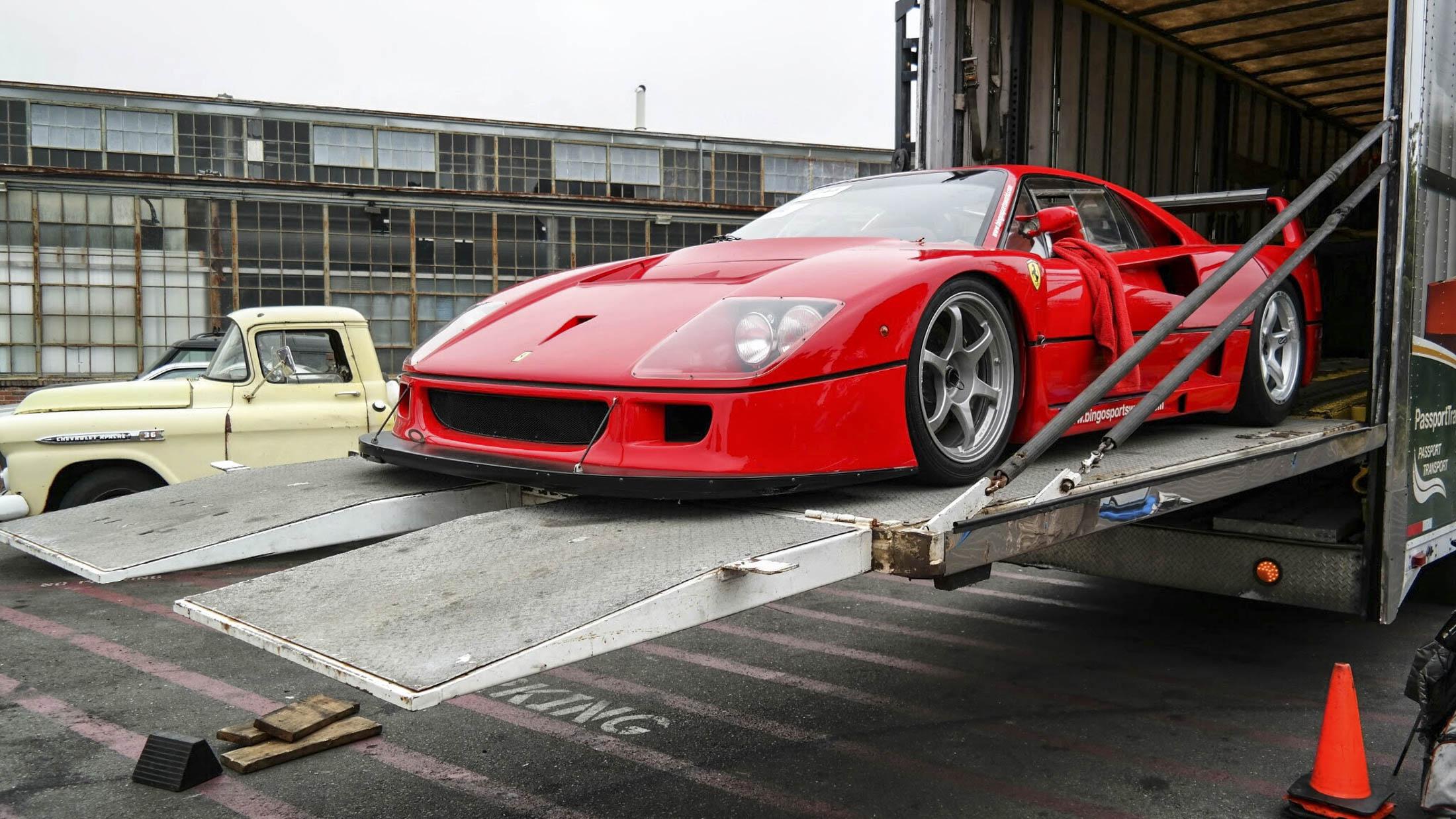 Ferrari F40 trailer unloading