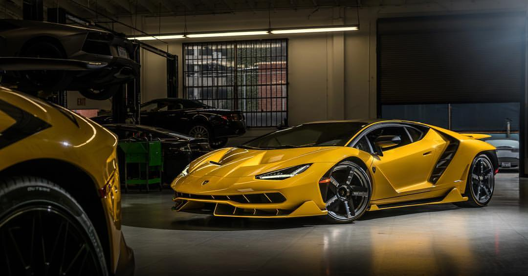 Yellow-Lamborghini Centenario-Beverly Hills-US-1