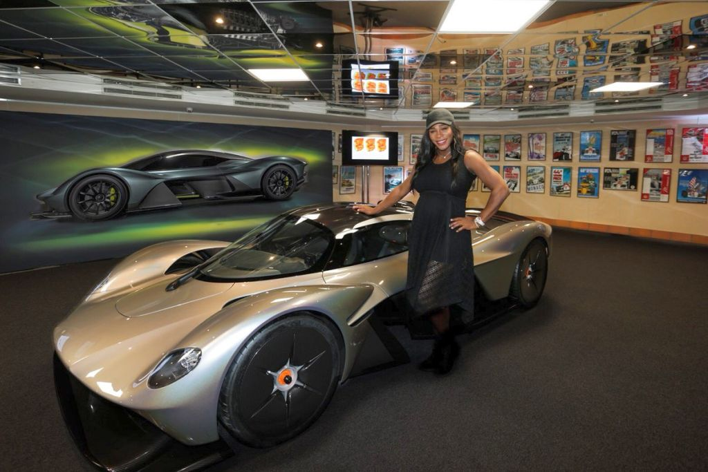 Aston Martin Valkyrie-Serena Williams