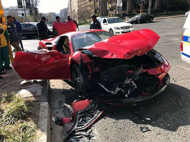 Ferrari 488 GTB crash-Sandton-South Africa