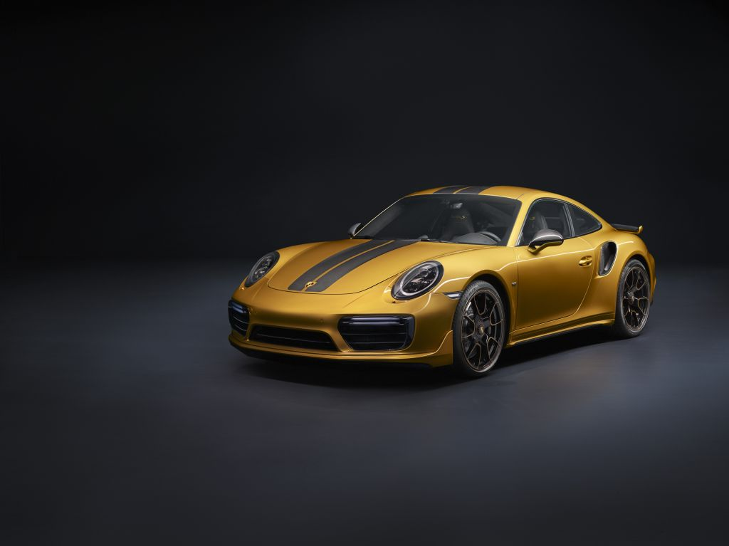 Porsche 911 Turbo S Exclusive Series-12