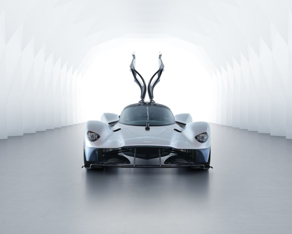 Aston Martin Valkyrie-official image-5