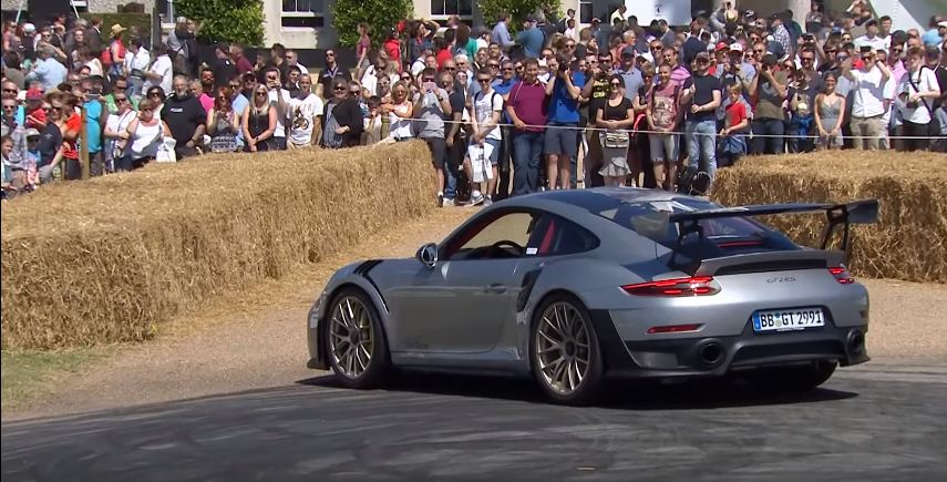 Porsche 911 GT2 RS Donut Fail-Goodwood
