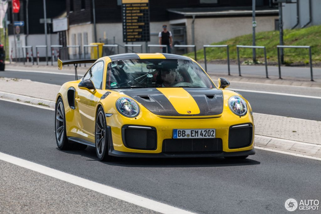 Porsche 911 GT2 RS-Racing Yellow-Nurburg-1