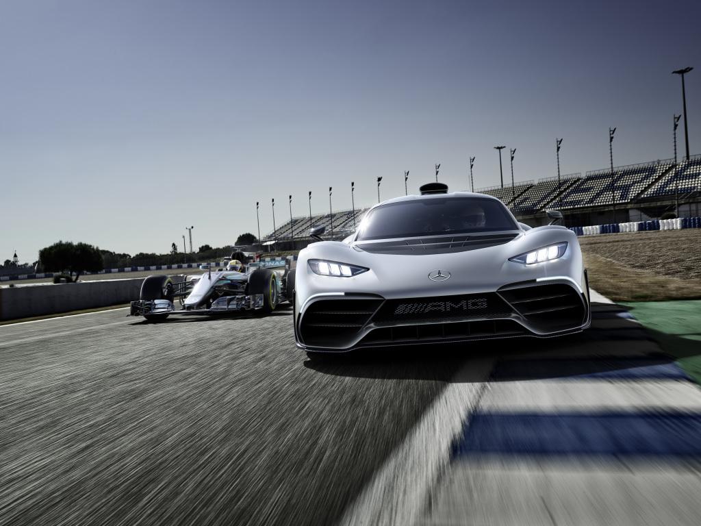 Mercedes-AMG-Project-One-Frankfurt-2017-11