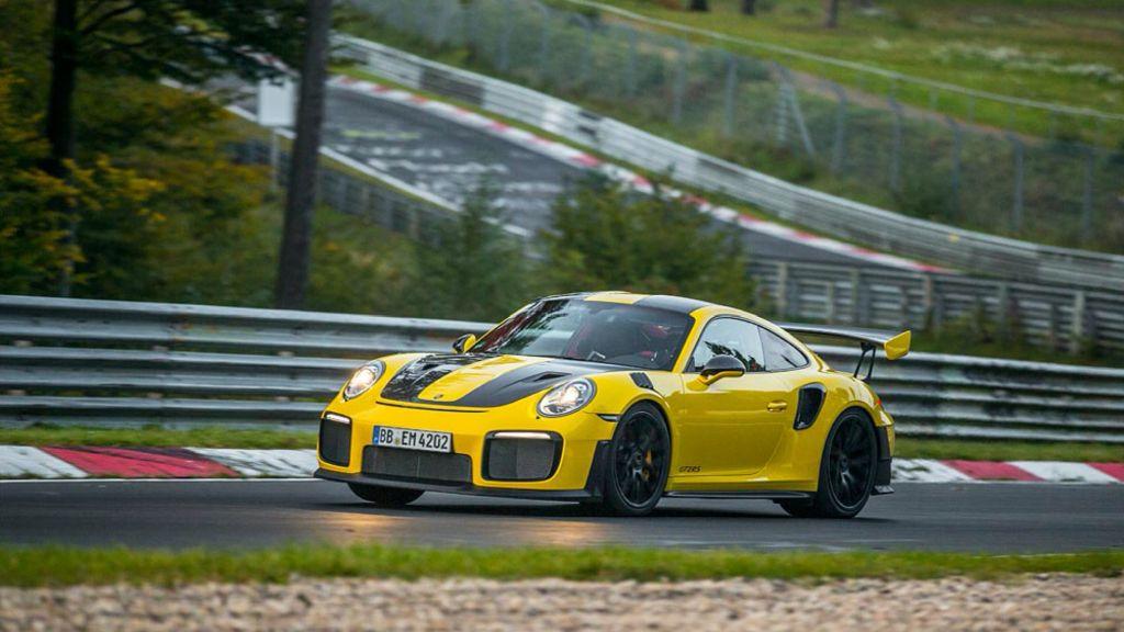 Porsche 911 GT2 RS-Nurburgring lap record-1