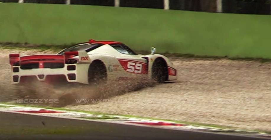 Ferrari FXX Evoluzione-crash-Monza
