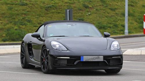 Porsche 718 Boxster Spyder-spy-shots-1