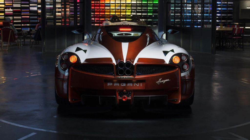 One Off Pagani Huayra Lampo Is Inspired By The Fiat Turbina The