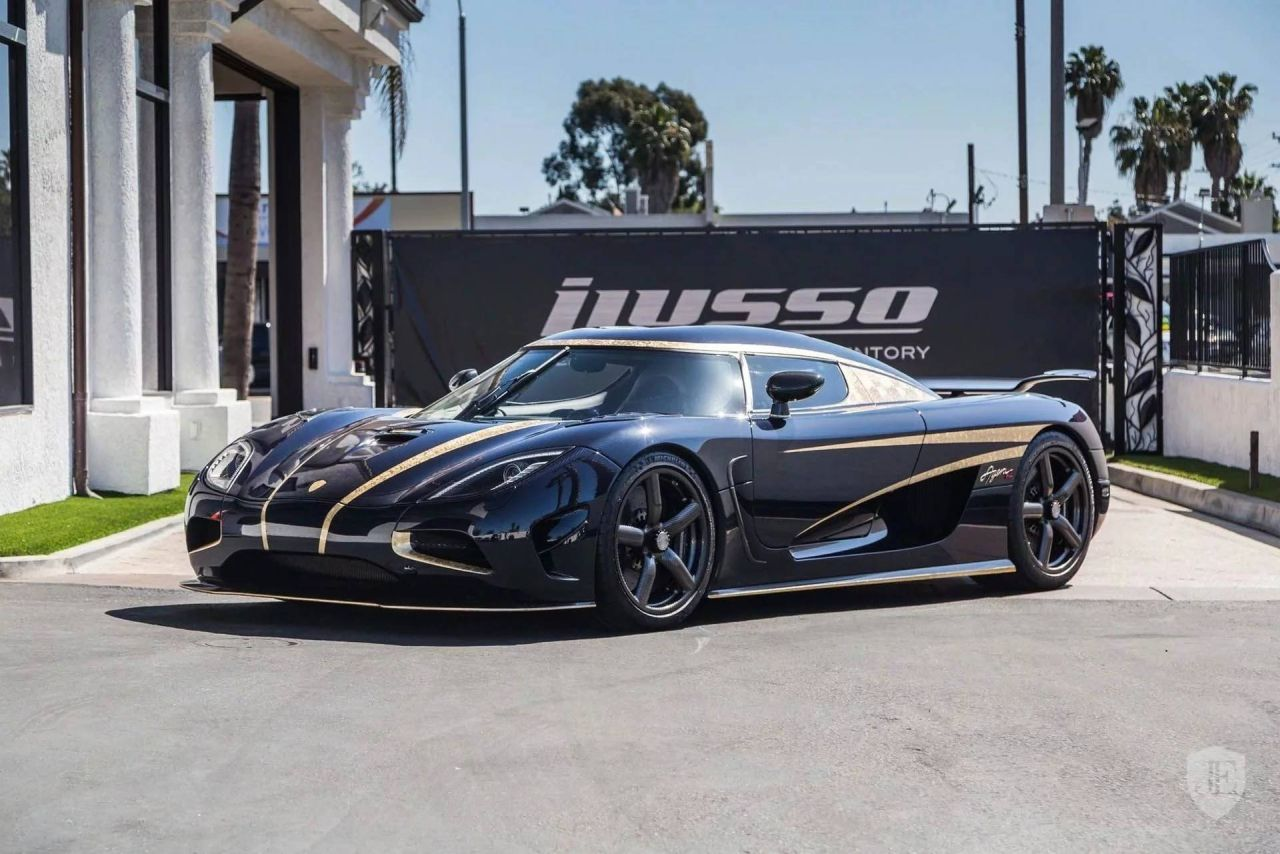 2014 Koenigsegg Agera R-for-sale-iLusso-California-1