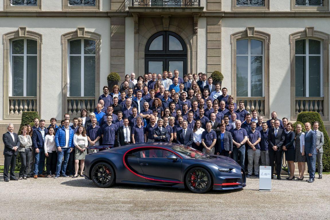 100th-Bugatti-Chiron-blue-carbon