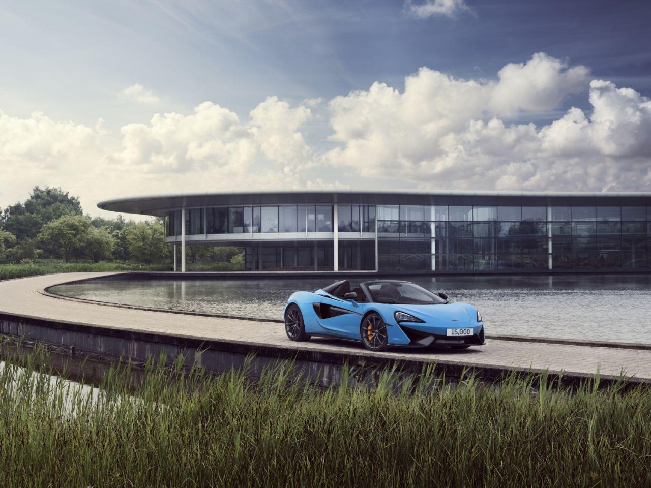 McLaren 570S Spider-15000-1