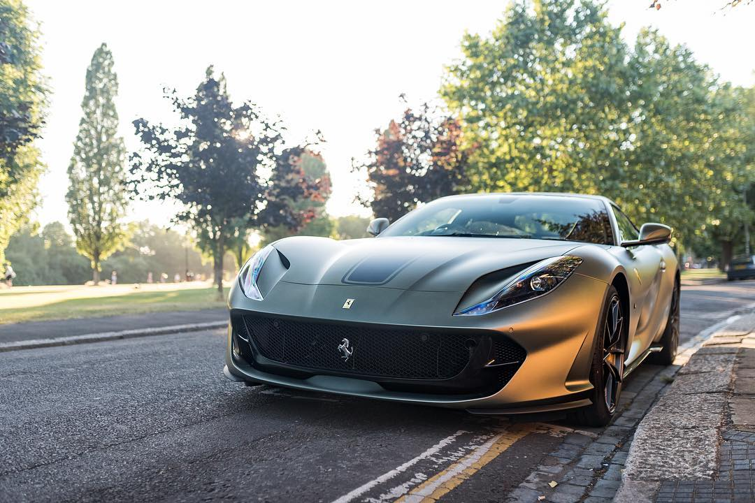 Gordon Ramsay-Ferrari 812 Superfast-HR Owen-1