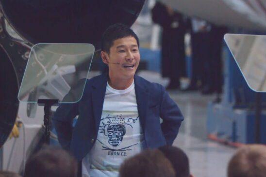 Pagani Zonda ZoZo Owner Fly Moon 2023 SpaceX Rocket Yusaku Maezawa 01