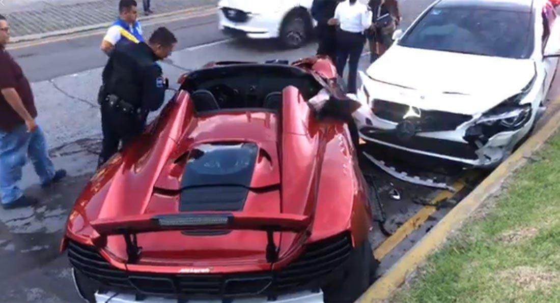 mclaren 650s spider mercedes cla crash mexico