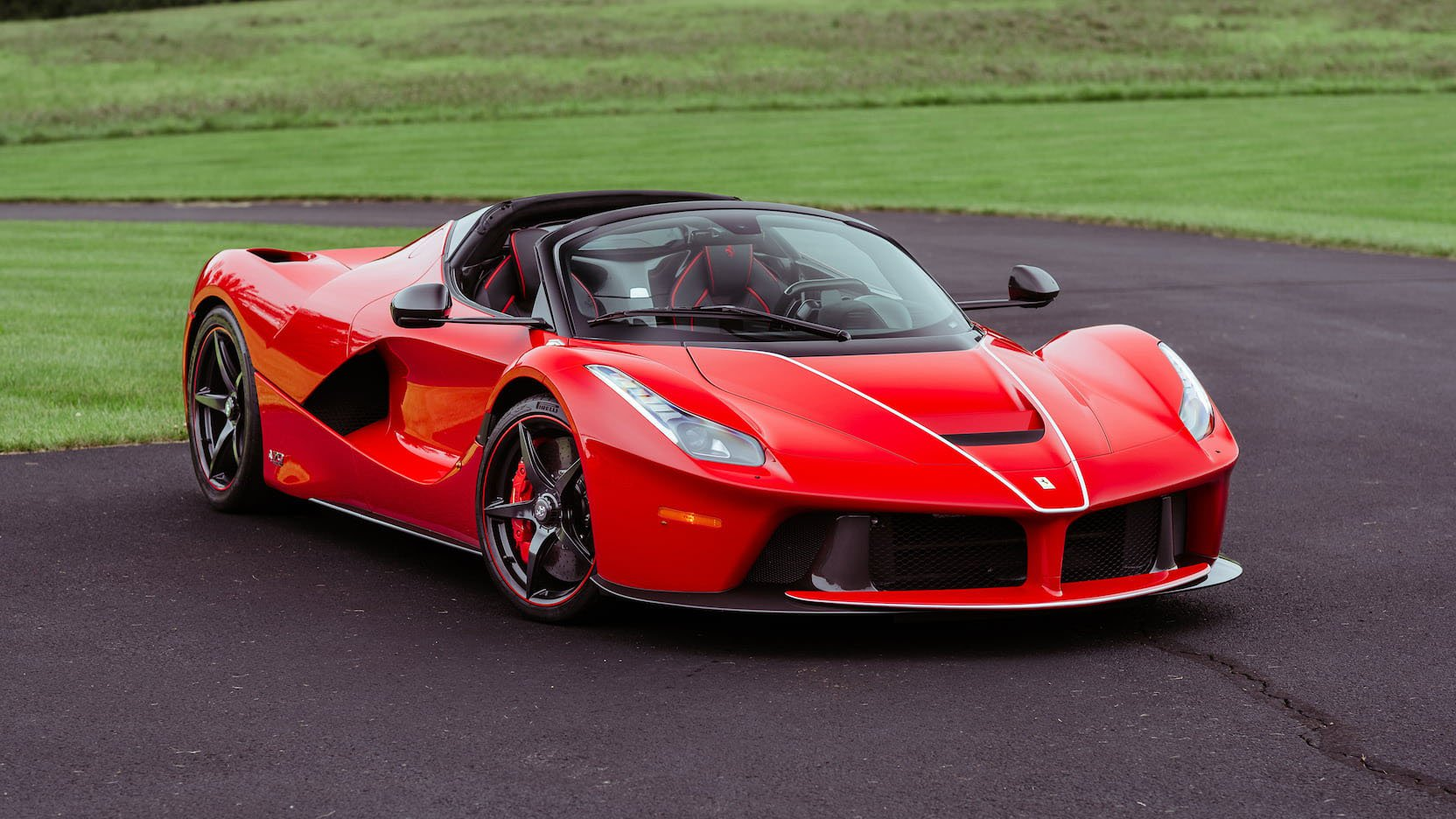 2016 ferrari laferrari aperta kissimmee auction 01