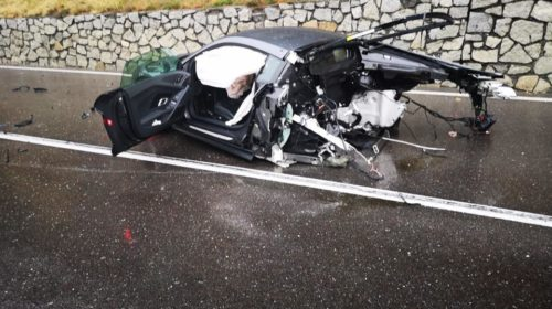 Audi r8 splits into two massive crash 07