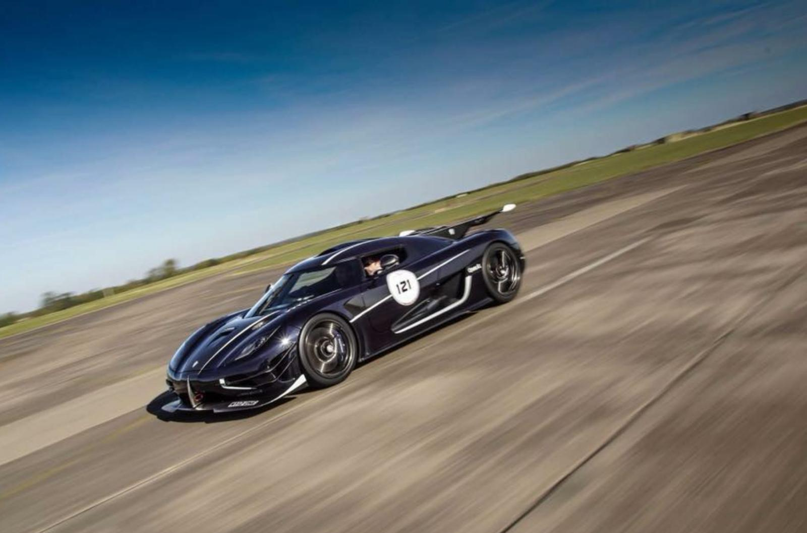 Koenigsegg One 1 >> Koenigsegg One 1 Breaks Vmax 200 Record Again The Supercar Blog