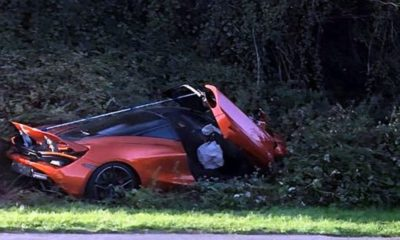 Mclaren 720S Crashes into bushes UK 02