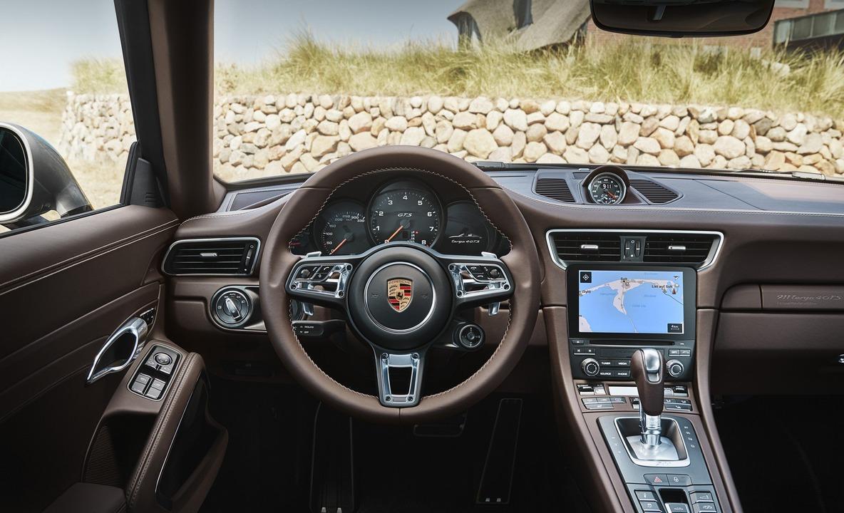 Porsche 911 targa 4 gts exclusive manufaktur edition 05