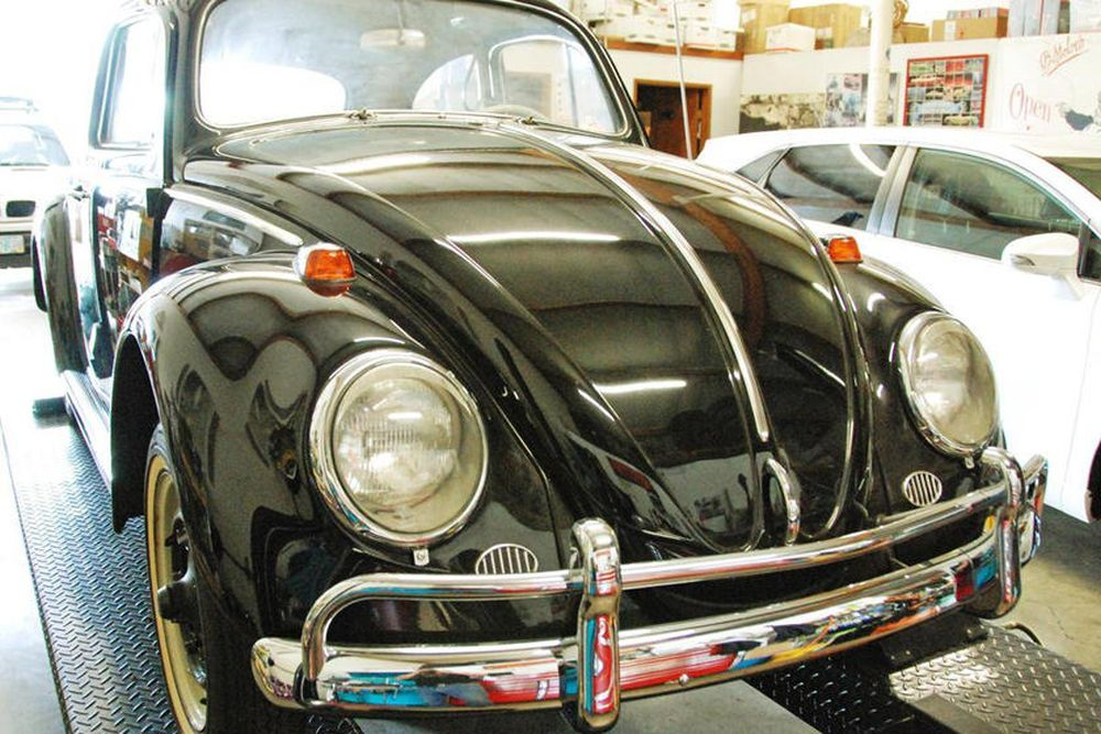 Vintage VW Beetle 3