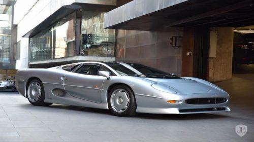 1993-jaguar-xj-220-for-sale-02