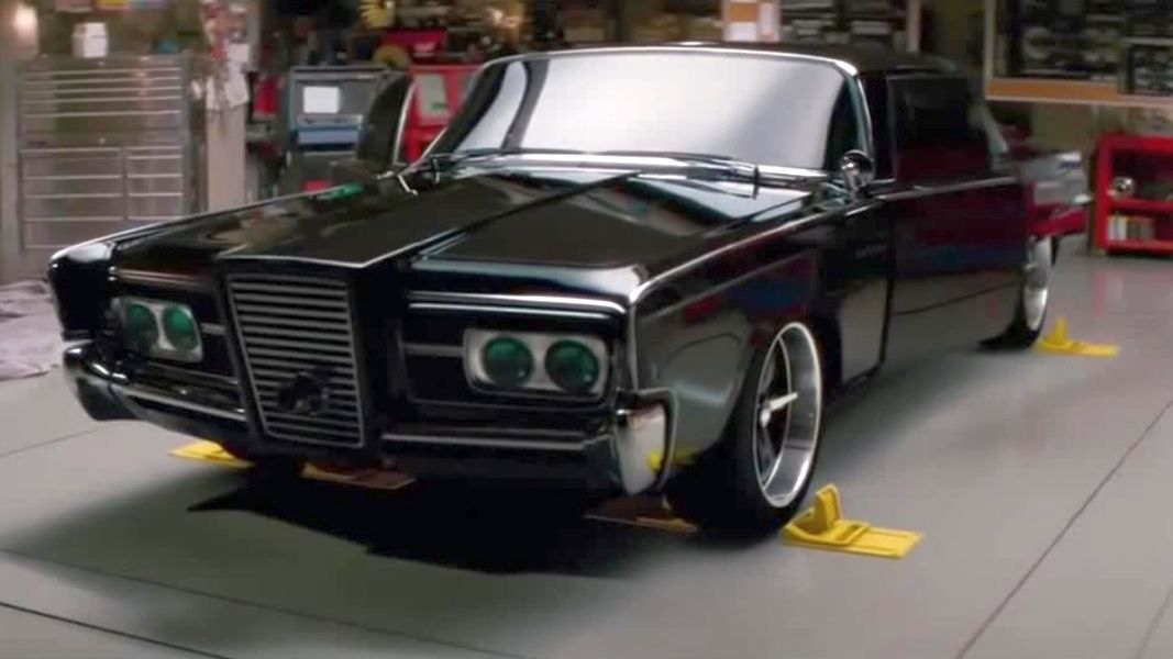 Green-Hornet-Black-Beauty-Chrysler-Imperial-5