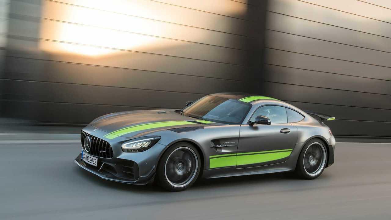 Mercedes-AMG-GTR-Pro-02