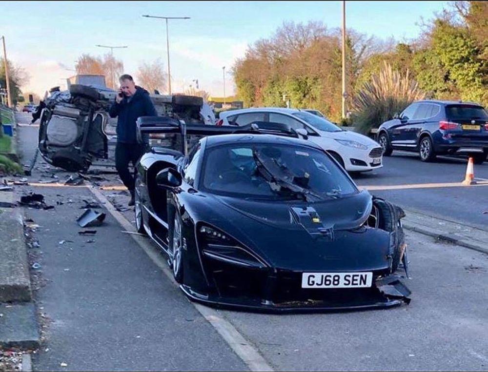 McLaren Senna-crash-UK-1
