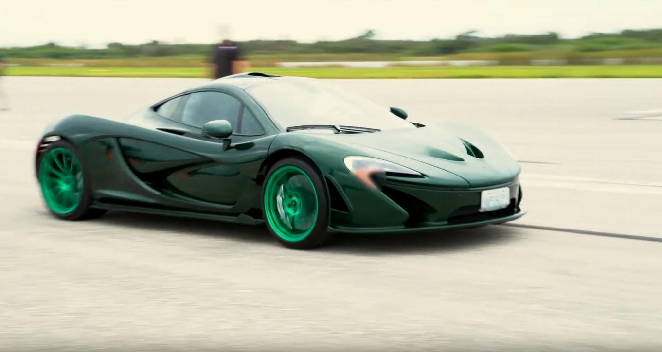 Green McLaren P1-top-speed run